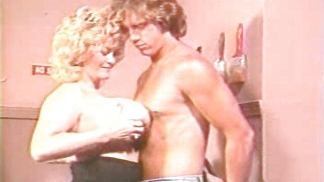 Dwie dziewczyny i blondynka darmowe filmy swingers