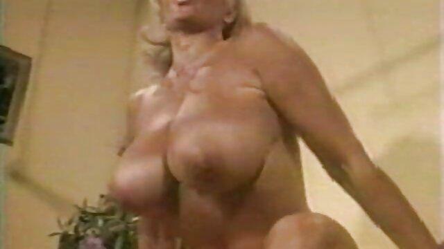 Gorące małe serduszko do seks kobiety z psem film orgazmu,