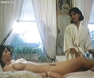 Obie ręce na twoim tyłku cztery darmowe filmy seksowne dziewczyny jednocześnie
