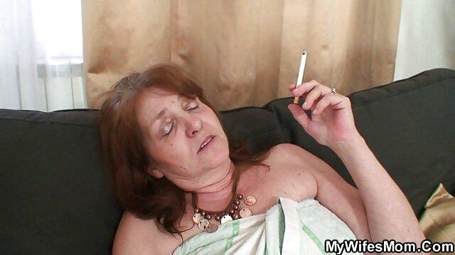 Spodnie damskie mają darmowe filmy porno z lat 70 spokojną twarz