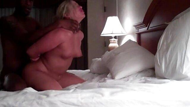 Studenci darmowe filmy porno bez logowania próbują zdobyć dwa