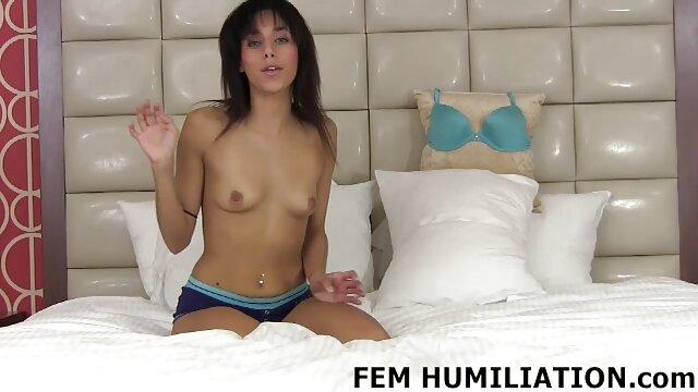 Nogi, palce i rozciągnij filmy porno do pobrania za free przez otwór tułowia