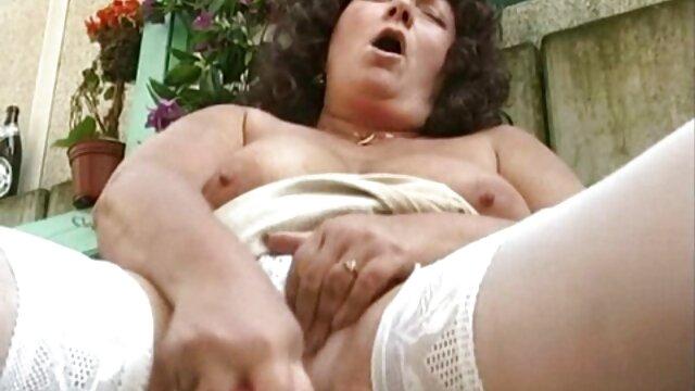 Piękna dziewczyna darmowe filmy porno siostra z bratem