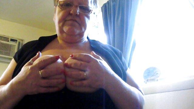 Mężczyzna ze swoją dziewczyną drażniącą piękno darmowe sex filmy sekretarki młodości