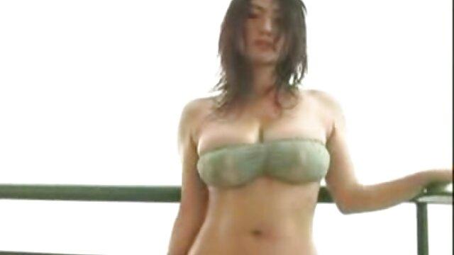 Zobacz balkon na darmowe porno z polskim lektorem balkonie
