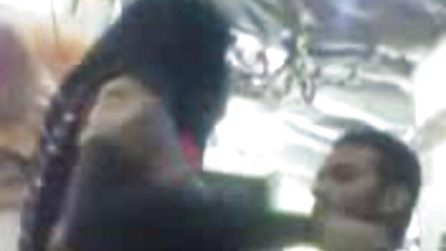 Dwoje dzieci tańczy darmowe strony filmów porno przed kamerą, Endoskop